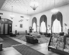 Front lobby of Russel Erskine Hotel. (Huntsville Public Library)